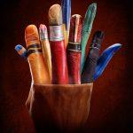 pencil-pot-hand