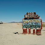 04_Salvation-Mountain-Sign2