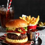 lis-parsons-classic-burger
