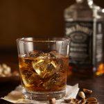 jack-daniels-whiskey-rocks