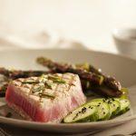 tuna-steak-asparagus
