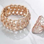 creative-jewellery-on-marble