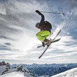 ski-action-sunny-snow-pyua-christophgramann