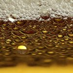 beer-straight-close-up-bubbles